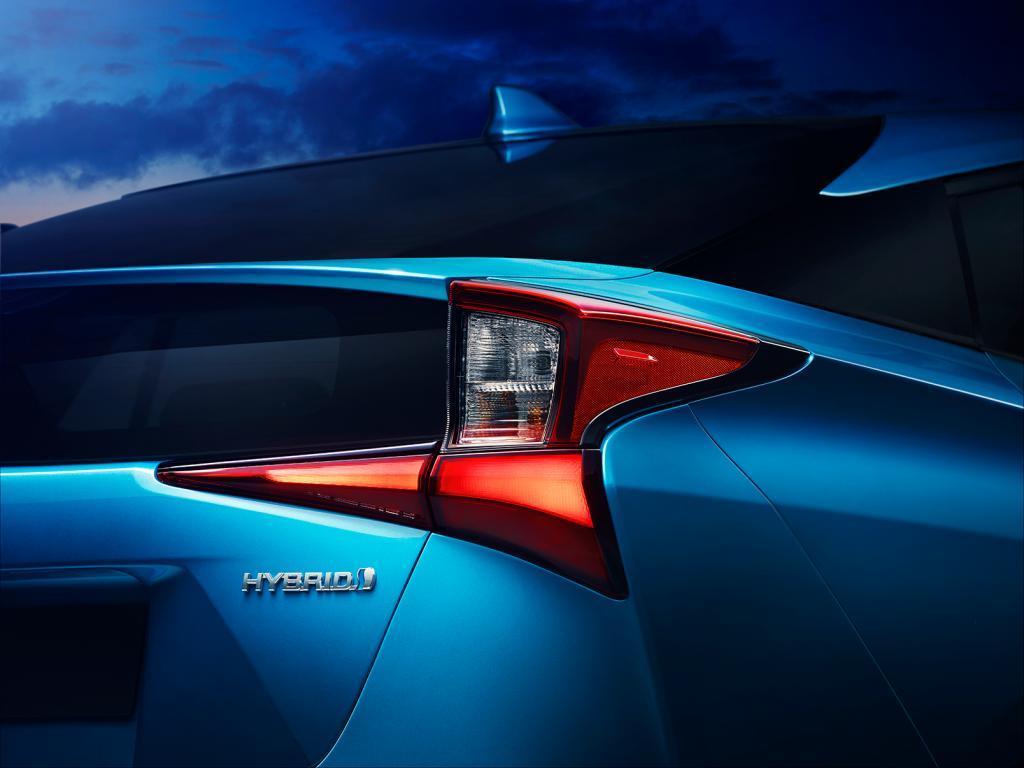Foto: Kampanjebilde - 2019-Prius-AWD-i_003_prelanseringsbilde_web.jpg