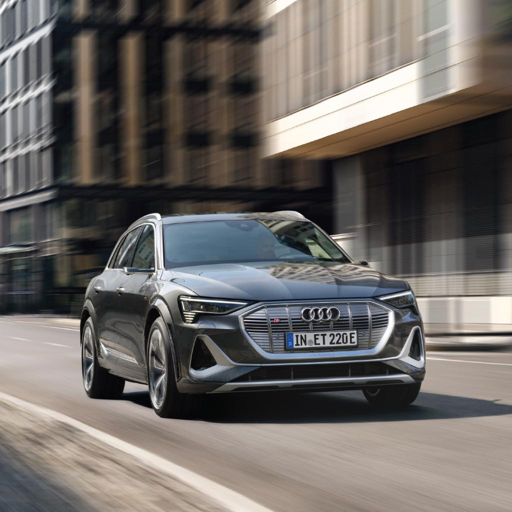 Foto: Kampanjebilde - Audi e-tron S Pro facebook karusell-2.jpg