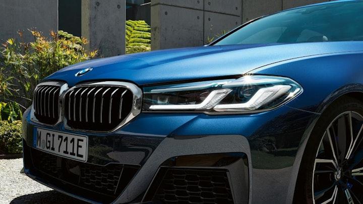 Foto: Kampanjebilde - bmw-5-series-sedan-highlights-design-mosaic-gallery-desktop-02.jpg
