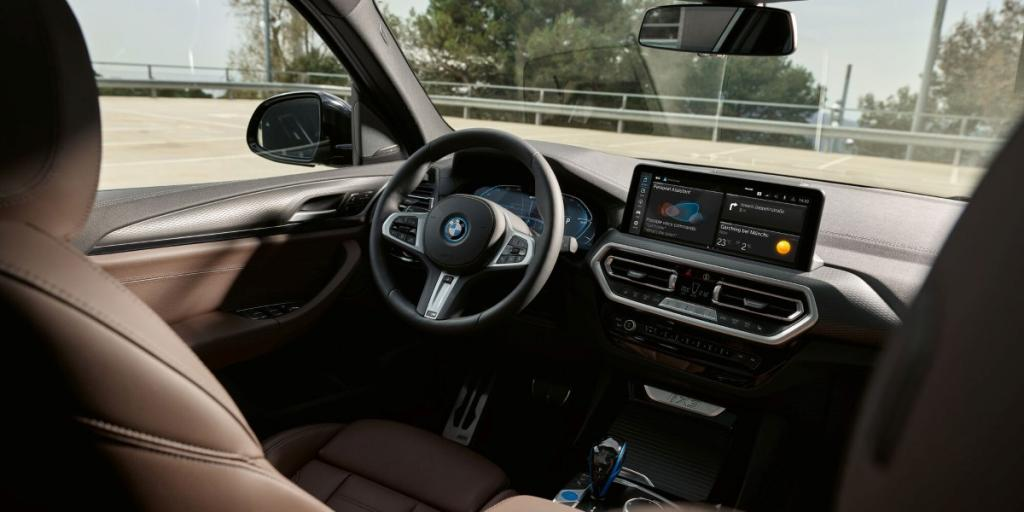 Foto: Kampanjebilde - bmw-ix3-g08-lci-interior-cockpit.jpg